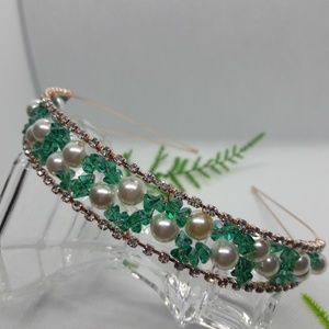 Crystal and pearls headband